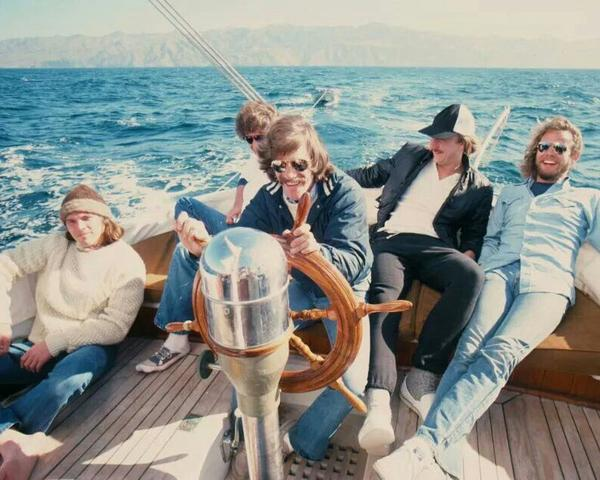 The eagles band on a sailboat