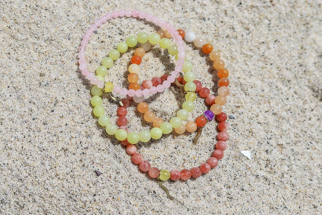 rayminder uv awareness jewelry for sun safety and sun protection